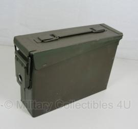 .30 munitiekist groen - goede staat - 25 x 8,5 x 18 cm - origineel