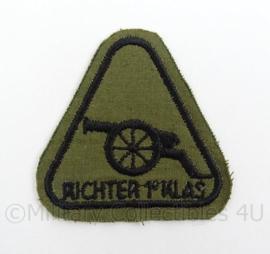 KL Landmacht embleem richter 1e klas - groen - afmeting 6,5 x 6 cm - origineel