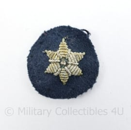 Nederlandse politie jaren 50 rang ster voor de kraag   - 3 x 3 cm - origineel