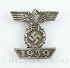 WO2 Duitse medaille EK2 Spange IJzeren kruis 2e klasse Spange - met replica maker stempel L/12 -  replica