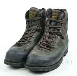 Meindl schoenen bruin - licht gedragen - maat 46 = 295M - origineel KL