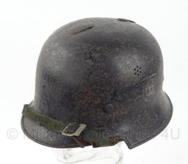 WO2 Duitse Polizei helm  -  Originele decals  -  maat 58  -  origineel WO2