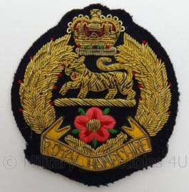 Britse leger  Royal Hampshire Regiment embleem - luxe metaaldraad versie - afmeting 8 x 9 cm - Origineel