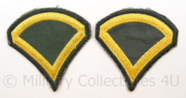 US Army Vietnam oorlog arm emblemen - rang PFC Privat First Class - Cut edge - afmeting 7,5 x 8 cm - origineel