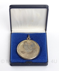 "VN UN Verenigde Naties medaille 1975 ""Peaceful uses of outer Space ""- origineel"