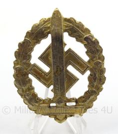 WO2 Duitse SA sportabzeichen goudkleurig - afmeting 4,5 x 6 cm - replica