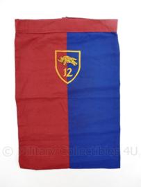 KL Nederlandse leger halsdoek 12e Gemechaniseerde Brigade  - rood/blauw - origineel