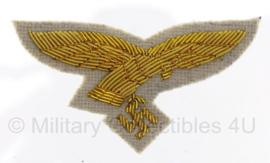 Luftwaffe pet adelaar generaal - witte achtergrond met goud