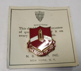 "28th Field Artillery Regiment ""we support""unit crest- 3 x 2,7 cm - maker Meyer - origineel"