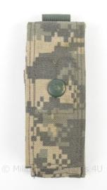 US Army ACU Camo magazijntas MOLLE - afmeting 5 x 15 cm - origineel