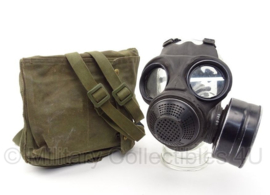 KL Nederlands gasmasker met filter en tas - vorig model - maat MEDIUM  - origineel