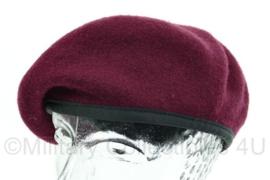 US Army baret - maker Mens Wool Maroon - bordeaux rood - maat 7 3/4 - gedragen - origineel