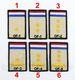 KL Nederlandse leger rangembleem met klittenband - met NLD vlag en NATO rang  - officieren - 5 x 8 cm