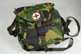 KL medische tas/rugzak - geneeskundige dienst - met inhoud - origineel