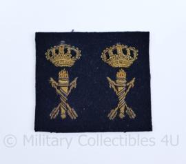 Koninklijke Marine kraag insigne set Dienstgroep Technische Dienst voor officieren - ongebruikt - moet nog los geknipt worden  - origineel