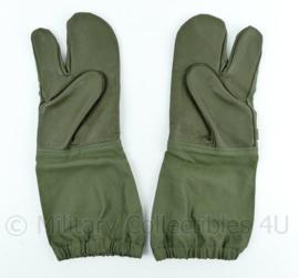 Overhandschoenen - trigger gloves - groen stof met leer origineel Nederlands leger