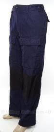 Nederlandse politie ME broek brandwerend donkerblauw - met knie- en bovenbeen bescherming- gebruikt - maat 53 - origineel
