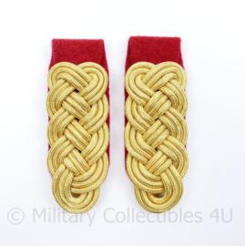 Generaal schouderstukken set Goud (model tm. 1941) - Heer (rode ondergrond)