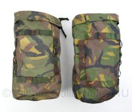 Defensie Woodland rugzak zijtassen paar voor 80 en 120 Liter rugzakken - gebruikt - inhoud 10 Liter per stuk - origineel