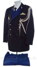 KMAR Koninklijke Marechaussee DT uniform set jas met koord en insignes en broek - Bevelvoerend commandant Kolonel - maat 52 - origineel