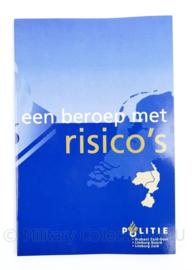 Politie Handboek een beroep met risico's  - 24 x 16 x 0,5 cm - 64 pagina's - origineel