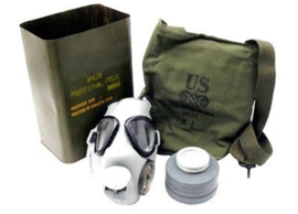 U.S. Army M9A1 Protective Service Gas Mask and Filter - Ongeopend en nieuw in blik! - origineel