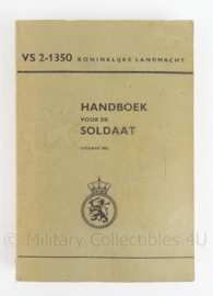 """Boek """"KL Handboek voor de soldaat VS 2 1350"""" - 1983 - origineel"""