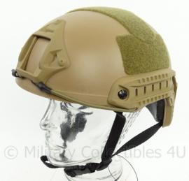 DSI en Politie model MICH 2002 helm met rails, nachtkijker houder en velcro  - COYOTE
