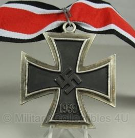 Grootkruis van het ijzeren kruis met lint, model 1939 (groter dan ridderkruis)