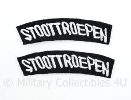 WO2 Nederlandse leger Stoottroepen straatnamen paar met gebogen tekst - model 1944 tm. 1946