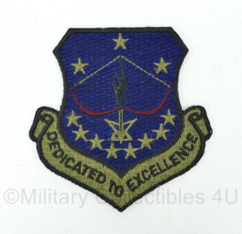 US Army Patch dedicated to excellence - 7x7,5x0,1 cm - origineel