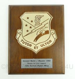"US Air Force USAF wandbord - 49th Tactical Fighter Wing - ""Tutor et Ultor"" - afmeting 26 x 20,5 x 2 cm - origineel"