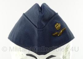 KLU Luchtmacht schuitje met insigne 2003 - maker Hassing BV - maat 58 - origineel