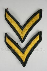 PFC rangen set (1 streep) - Private First Class - geel op donkergroen - origineel US Army