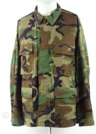 US Army  woodland uniform jas - splinternieuw - maat Large/x-short - origineel