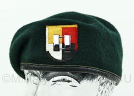 US Army 3th Special Forces Group baret met Captain rank - groen - maat 7 - gedragen - origineel