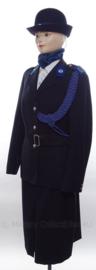 Korps Rijkspolitie Opperwachtmeester DAMES uniform SET jasje, rok, sjaal en hoed - met nestel/koord - maat 40 - origineel