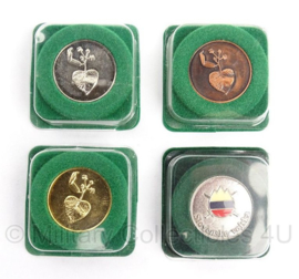 Sloveense militaire insigne set Slovenska Vojska (4 stuks) in originele doosjes - origineel