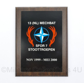 KL Nederlandse leger 13 NL MECHBAT SFOR 7 Stoottroepen wandbord - 20,5 x 15,5 x 1,5 cm - origineel