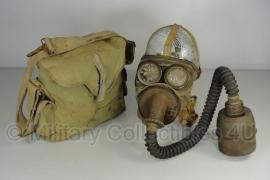 WO2 1934 Frans gasmasker ANP 31  met tas  - origineel nr. 5