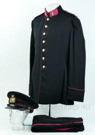 KL Landmacht GLT gala uniform met insignes - rang Luitenant Militaire Administratie - matching set 1963 met pet - maat L - origineel