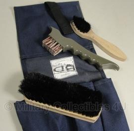 Nederlandse leger KL schoenpoetsset met houder blauw - origineel