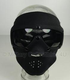 Masker Neopreen - zwarte glazen  - merk SwissEye