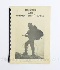 Takenboek voor Marinier der 1e klasse - ingevuld door marinier- origineel