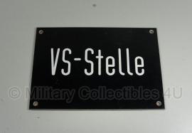 """Bord Duitse leger: """"VS-stelle"""" - 21x15 cm. - origineel"""