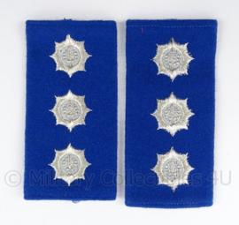 Gemeentepolitie schouder epauletten met logo zwaardje - rang Inspecteur Ambtenaar 2e klasse - afmeting 5 x 8 cm - origineel