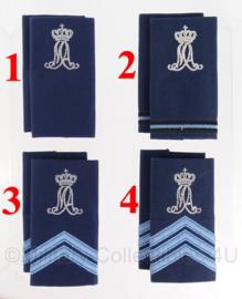 KLU Luchtmacht MA Militaire Academie schouderstukken zilveren letters - verschillende rangen - origineel