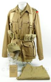WO2 Afrikaanse uniform set bestaande uit jas, blouse, broek en schuitje - maat XL