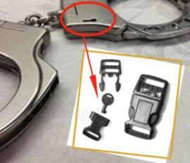 Armband sluiting met verborgen handboei sleutel - nieuw gemaakt