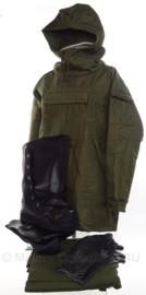 KL Nederlandse leger  M78 NBC kleding set - jas, broek, handschoenen en laarzen - maat klein - origineel